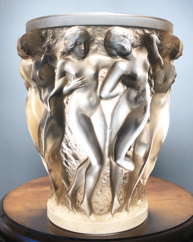 Vase «Bacchantes» sépia