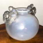 Vase «Bouchardon» opalescent