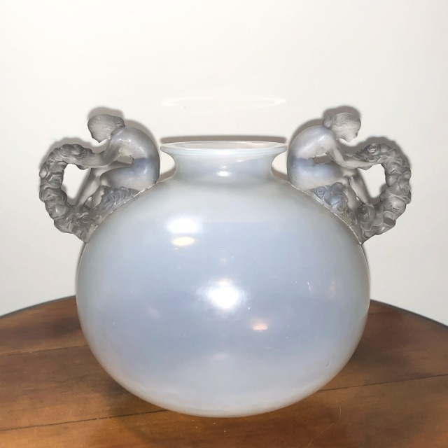 Vase « Bouchardon » opalescent